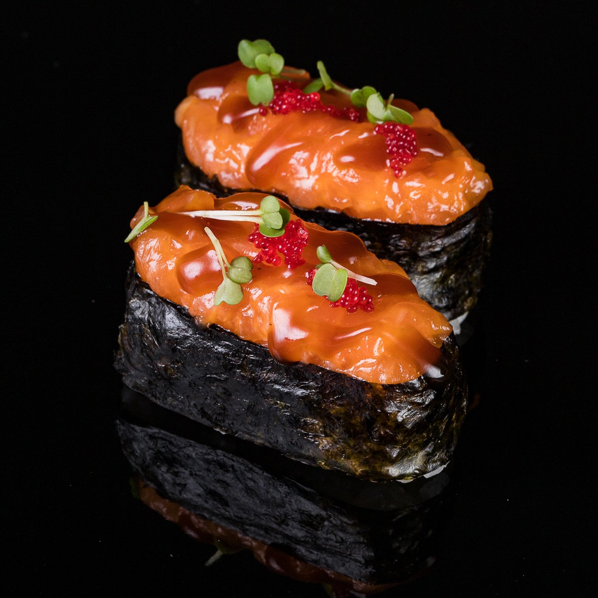 Гунканы острые с лососем